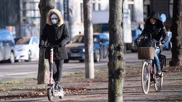 """Szwecja. Zaufanie do strategii walki z koronawirusem i """"odporności stadnej"""" wyraźnie spadło"""