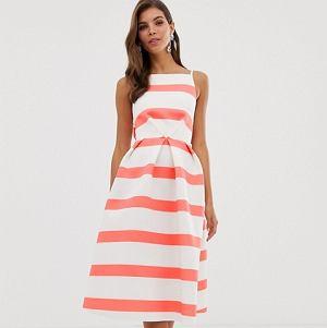 Kolorowa sukienka w pasy