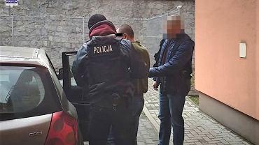 Dwaj Ukraińcy zadźgani w gospodarstwie koło Puław. Policja zatrzymała ich 36-letniego rodaka