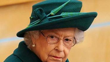 """Wpadka szefa kuchni rodziny królewskiej. Wściekła królowa Elżbieta napisała do niego notkę. """"Zjadłbyś to?"""""""