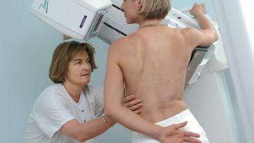 Mammografia wykonywana profilaktycznie jest powtarzana co dwa lata. Chyba że kobieta jest w grupie zwiększonego ryzyka zachorowania na raka piersi - wtedy powinna przyjść na badanie za rok