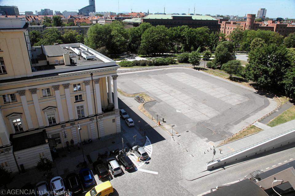 Parking przed Operą Wrocławską