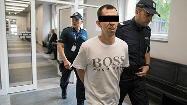 18 czerwca 2018 r. Proces mężczyzn oskarżonych o wielokrotne zgwałcenie 8-letniego chłopca