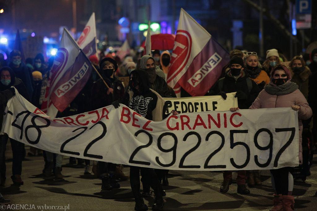 Protest Strajku Kobiet w Kielcach