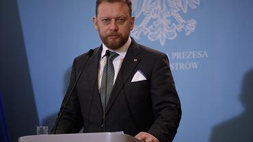 11.03.2020 Warszawa , ul. Ujazdowskie 1/3 . Minister zdrowia Łukasz Szumowski podczas konferencji prasowej.