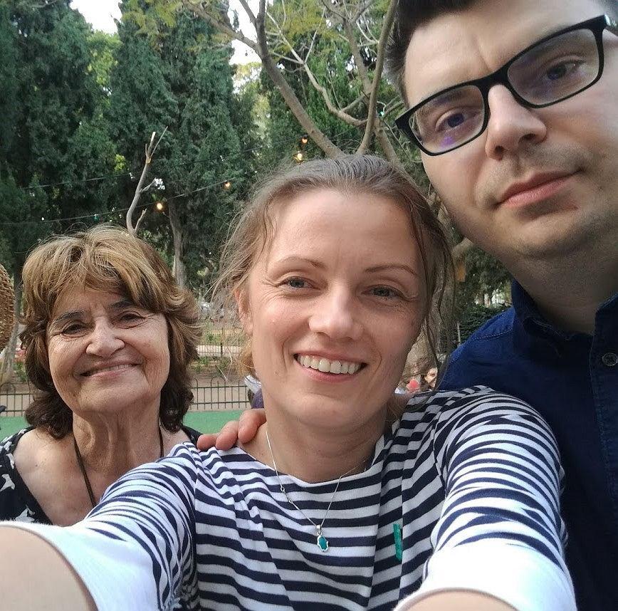 Chava Nissimov oraz Dominika i Szymon Urzędowscy podczas jednego ze spotkań