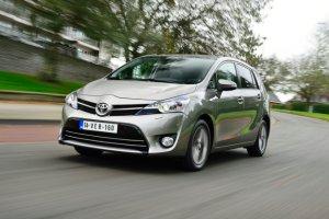 Toyota Verso 1.6 D-4D   Ceny w Polsce
