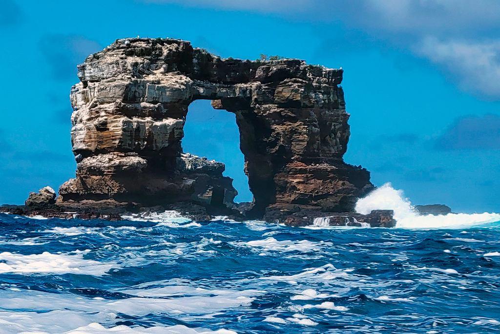 Wyspy Galapagos. Zawalił się Łuk Darwina. Powodem 'naturalna erozja'