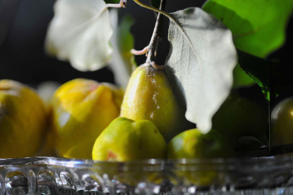 Owoc pigwy w kształcie gruszki jest słodszy i bardziej aromatyczny od pigwy w kształcie jabłka.