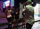 Seksturystyka w Tajlandii - piekło kobiet w Bangkoku [WIDEO]