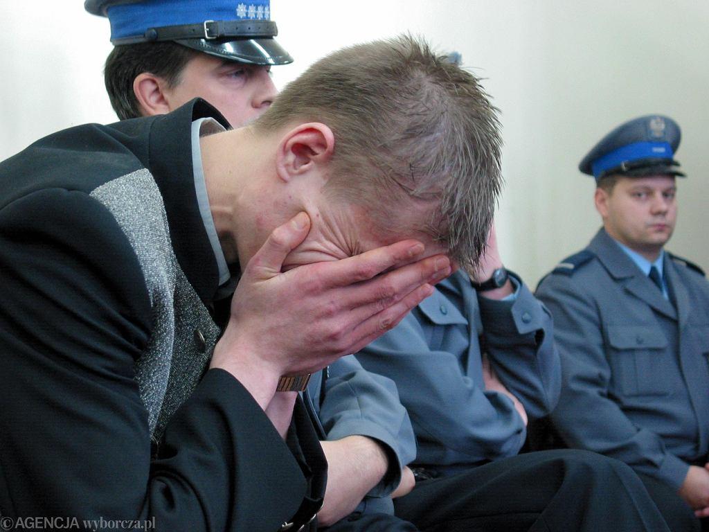 Ogłoszenie wyroku 15 lat więzienia dla Krzysztofa Komendy w listopadzie 2003 roku