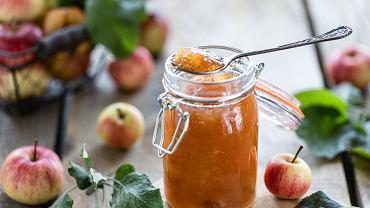 Przetwory z jabłek to nie tylko dżem czy mus, lecz także kompot lub sok
