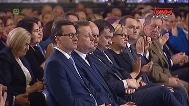 Mateusz Morawiecki i jego ministrowie podczas uroczystości 27-lecia Radia Maryja