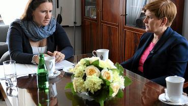 Karolina Elbanowska i Beata Szydło