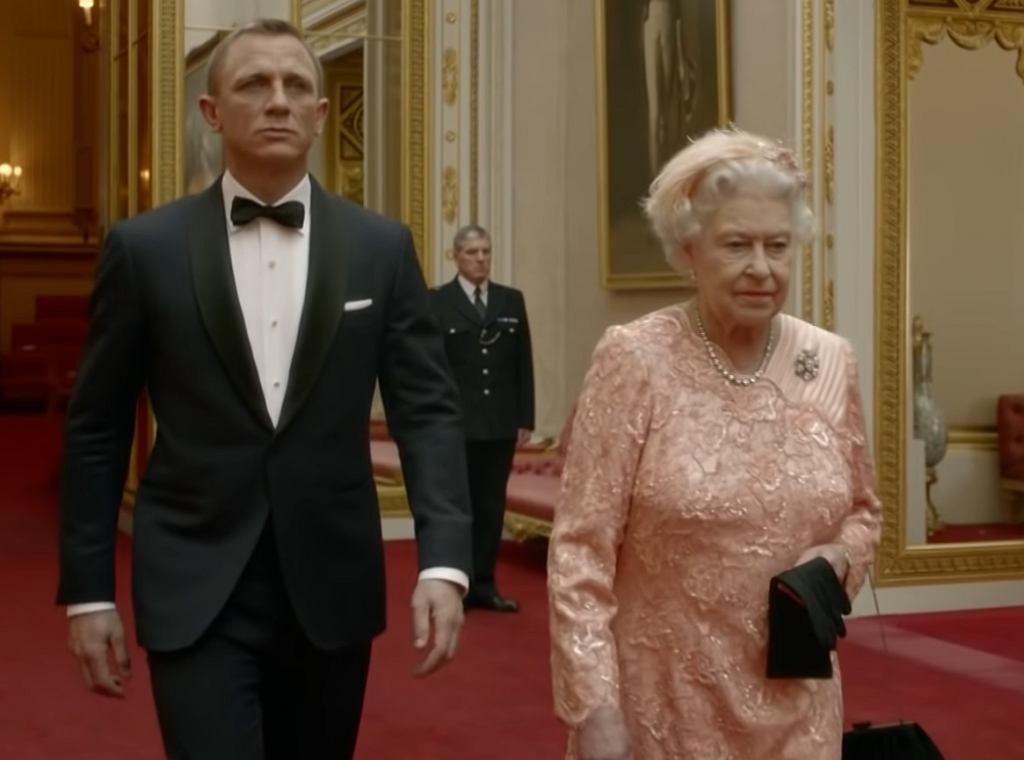 Królowa u boku Jamesa Bonda - Londyn 2012