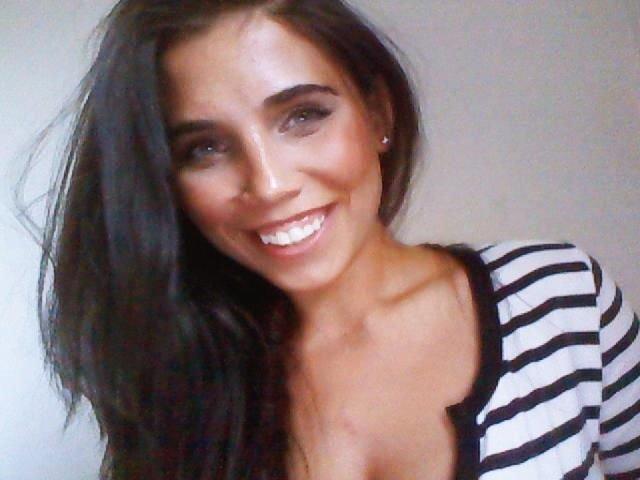 Zeinab Hashmat