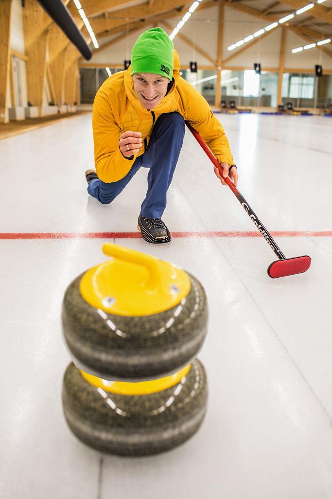 Mój pierwszy raz: na torze curlingowym
