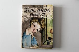 Ilustrator książek ma wielką władzę nad tekstem. Nadaje mu kostium, który znacząco zmienia wymowę fabuły