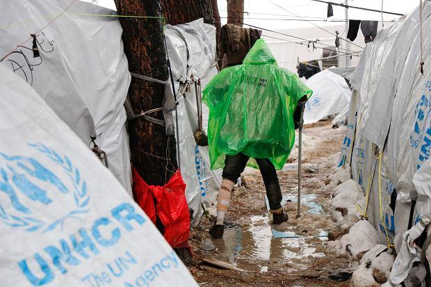 Uchodźcy w obozie Moria na greckiej wyspie Lesbos
