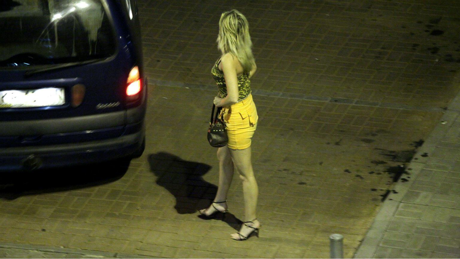 Katowice, 2009. Prostytutki w pracy