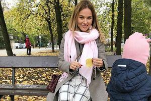 Paulina Sykut-Jeżyna w sukience ze zwierzęcym wzorem polskiej marki Feme Stage