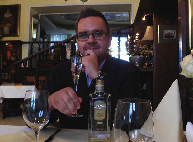 Damian Robakowski - menadżer restauracji Pod Łososiem
