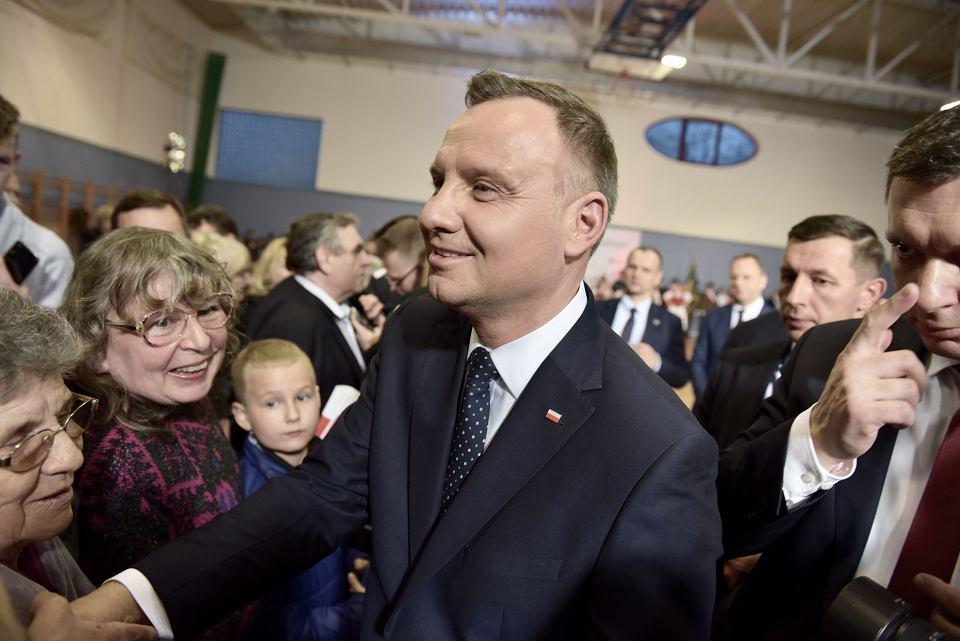 Andrzej Duda spotkał się z mieszkańcami Wołowa