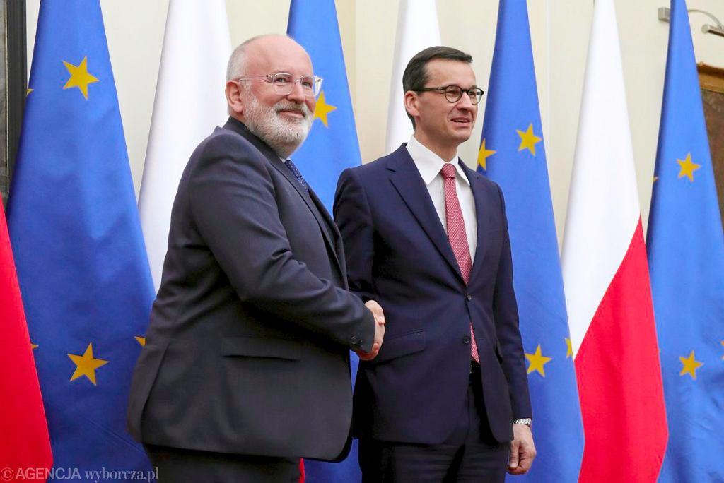 Wiceprzewodniczący Komisji Europejskiej Frans Timmermans i premier Mateusz Morawiecki