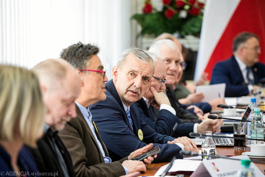 3.04.2019, czwarty dzień negocjacji związkowców z rządem