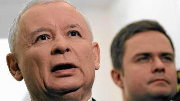 Jarosław Kaczyński i Adam Hofman w lutym 2013 r.