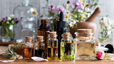 Olejki eteryczne - jakie mają właściwości i zastosowanie? Zdjęcie ilustracyjne