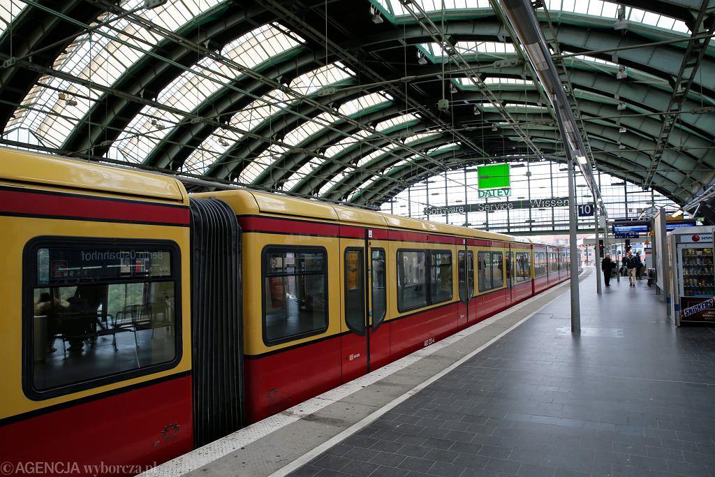 Berlin, stacja metra Ostbahnhof