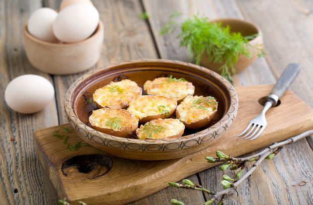 Jajka faszerowane pieczarkami - świetny i szybki pomysł na wielkanocną przekąskę