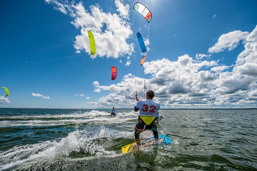 Kitesurfing zawita do Chałup