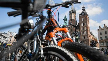Kraków: Akcja Rower Pomaga