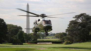 VH-92A podczas testów we wrześniu 2018 roku. W ich trakcie miało dojść do przypalenia trawnika