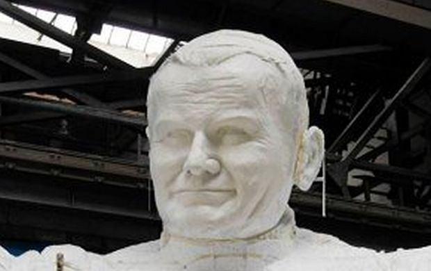 Figura Jana Pawła II