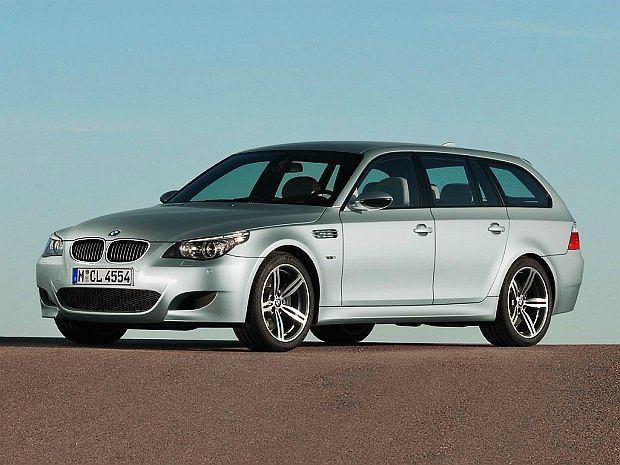 Z wszystkich modeli M5 wybieramy właśnie ten: M5 E60 jako touring