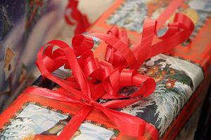 """Mikołajki - miłe święto czy """"wulgarna farsa""""? Wpis nauczyciela blogera podzielił internautów"""