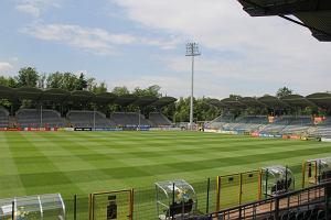 Bramkarz Miedzi Legnica dźgnięty nożem pod stadionem