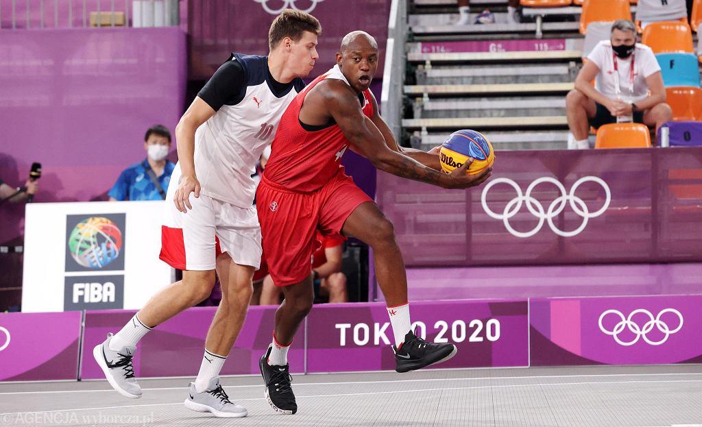 Tokio 2020. Koszykówka 3x3. Michael Hicks (z piłką)