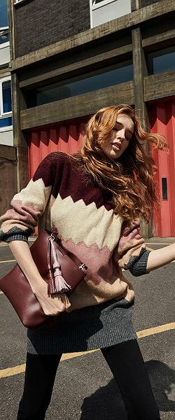 Sweter w geometryczne wzory