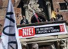 """Krzyknął: """"Kocham was, ludzie, je...ć Kaczyńskiego!"""". Jest zawiadomienie do prokuratury"""