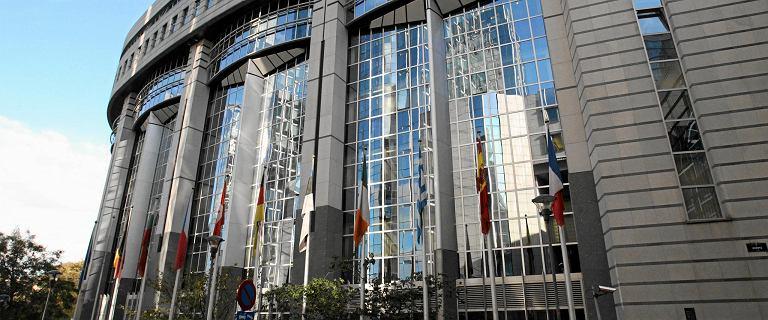 Wybory do Parlamentu Europejskiego 2019. Ilu europosłów zasiada w PE?