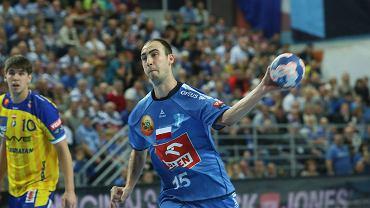 Liga Mistrzów, piłka ręczna. Orlen Wisła Płock - Vive Targi Kielce 28:30 (17:16). Valentin Ghionea