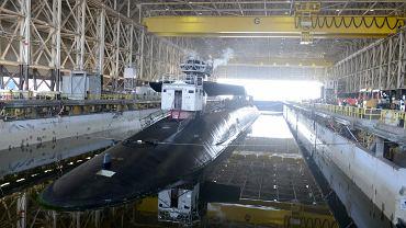 Atomowy okręt podwodny typu Ohio USS Tennessee w doku w bazie Kings Bay