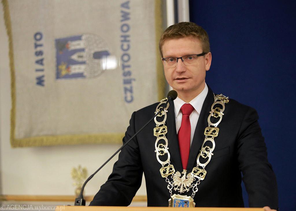 Częstochowa, 8 grudnia 2014 r. Krzysztof Matyjaszczyk tuż po wyborze na prezydenta miasta na drugą kadencję