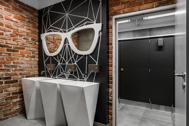 Łazienka w budynku Adgar Wave