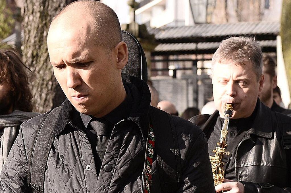 Jan Młynarski podczas pogrzebu Wojciech Młynarskiego