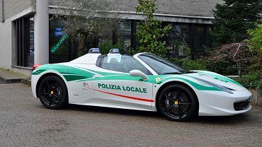 Ferrari 458 Italia Spider w barwach policji